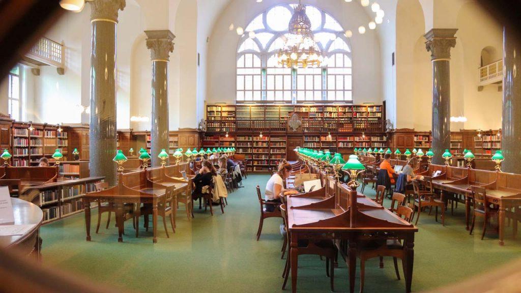 Study at Yale University